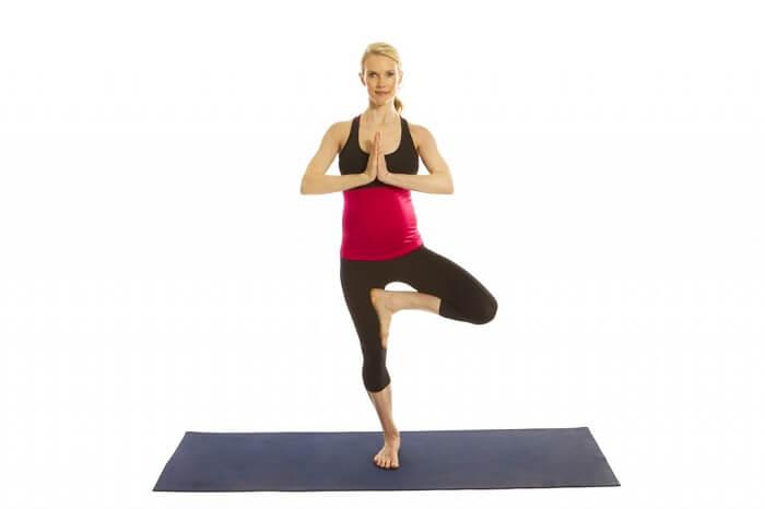 yoga-tu-the-cai-cay-me-bau